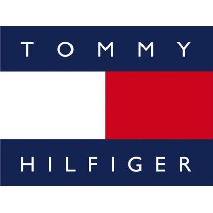 Tommy Hilfiger: A Tommy Hilfiger táskák, laptoptáskák, kézitáskák, válltáskák, bőröndök között megtalálod az elegáns és a sportos darabokat egyaránt....