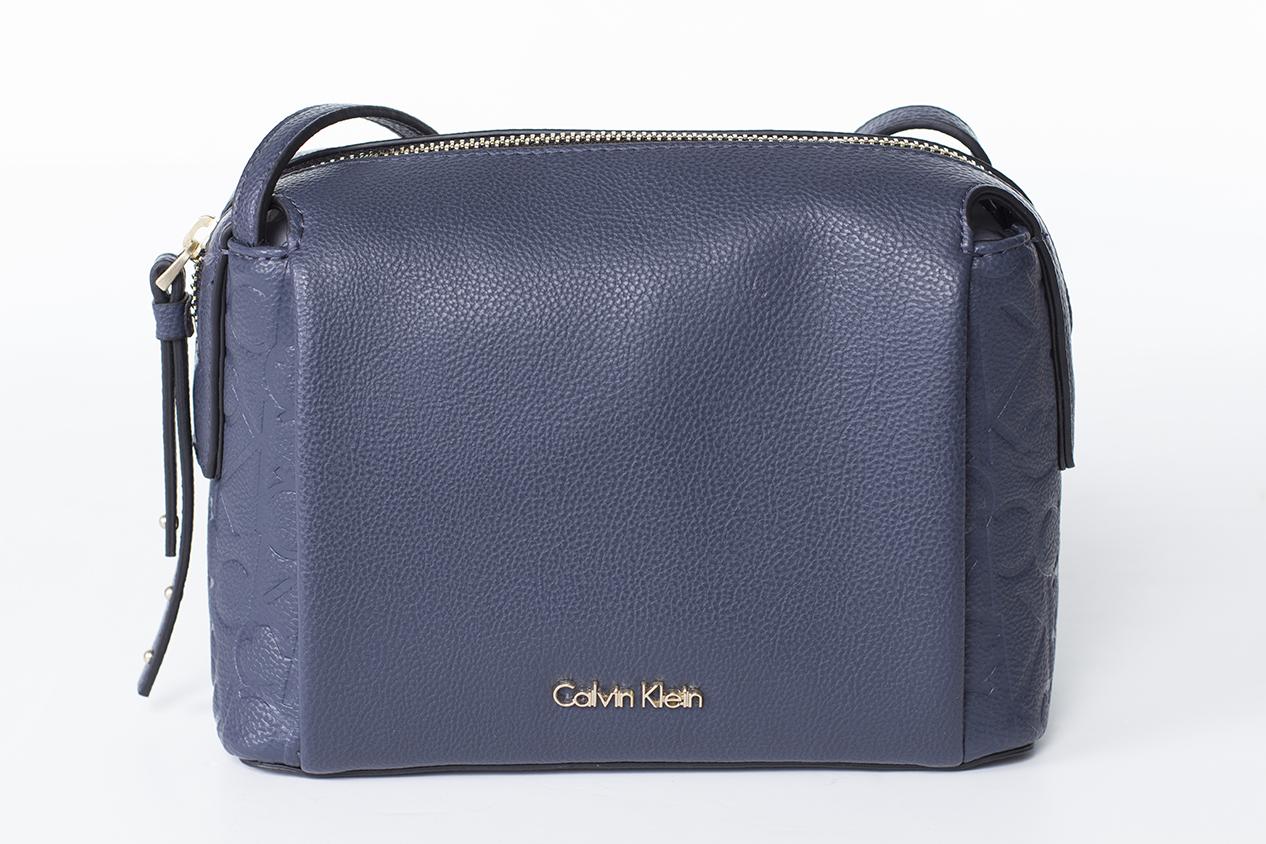 Calvin Klein Mish4 Small Crossbody Sötét kék Női Oldaltáska 25077a44c8