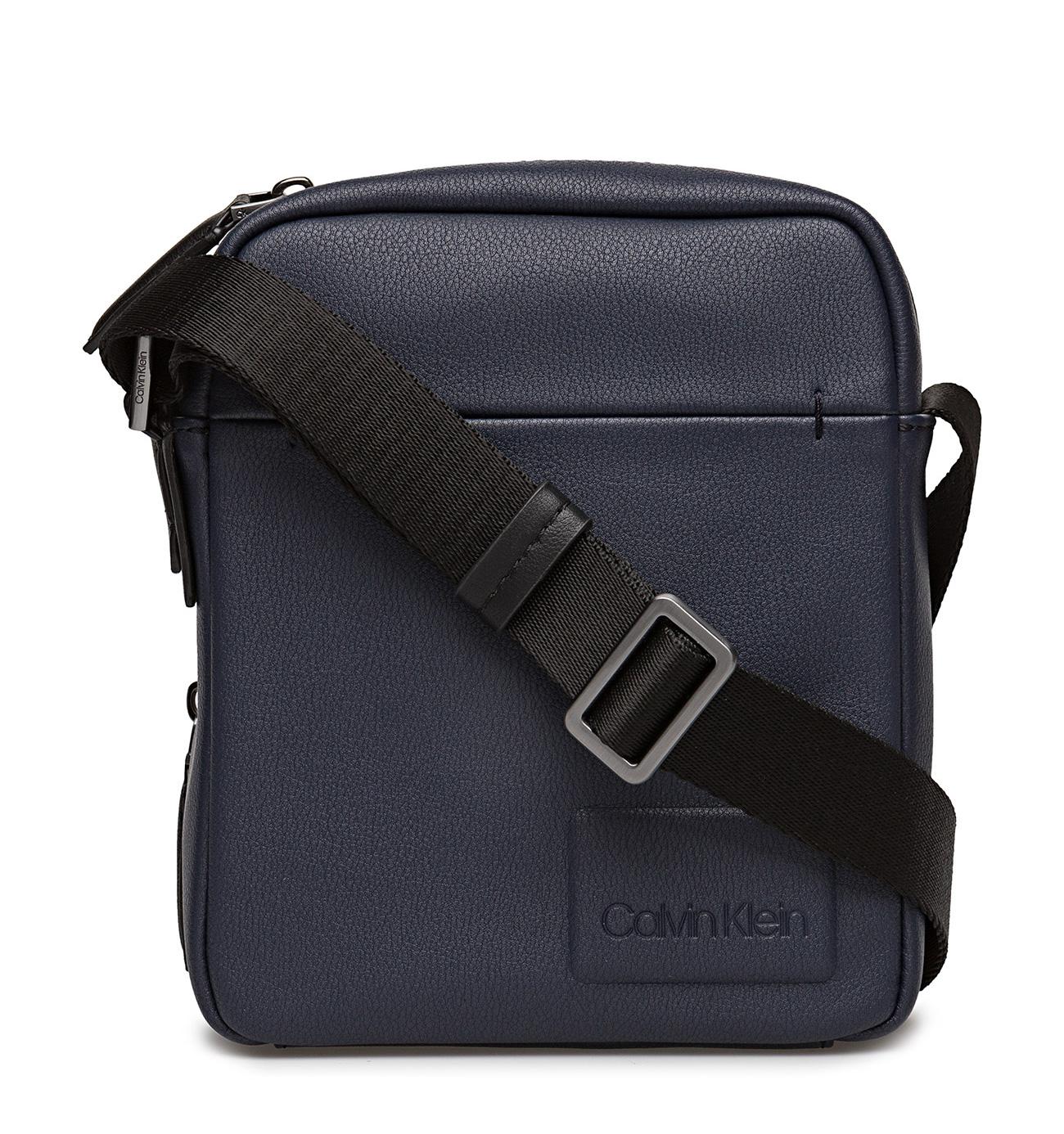 2035e11289 Calvin Klein Task Force 2 Gusset Kék Férfi Oldaltáska | bagsnmore.hu